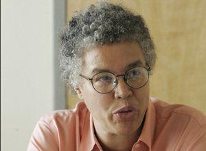 Toni Preckwinkle Pushes Raise For Mary Laraia, Campaign