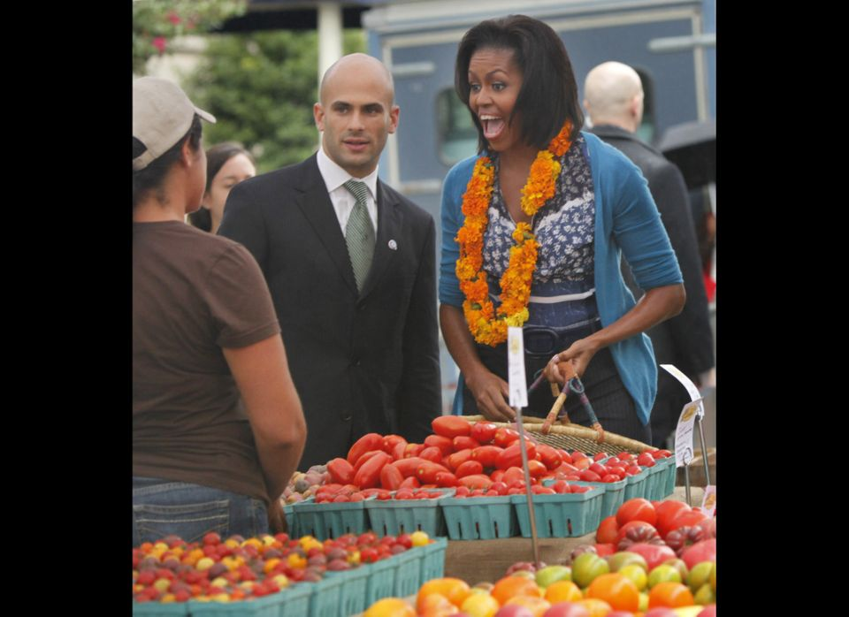 "This <a href=""http://www.freshfarmmarket.org/farmers_markets/markets/white_house.php"" target=""_hplink"">downtown market</a> lo"