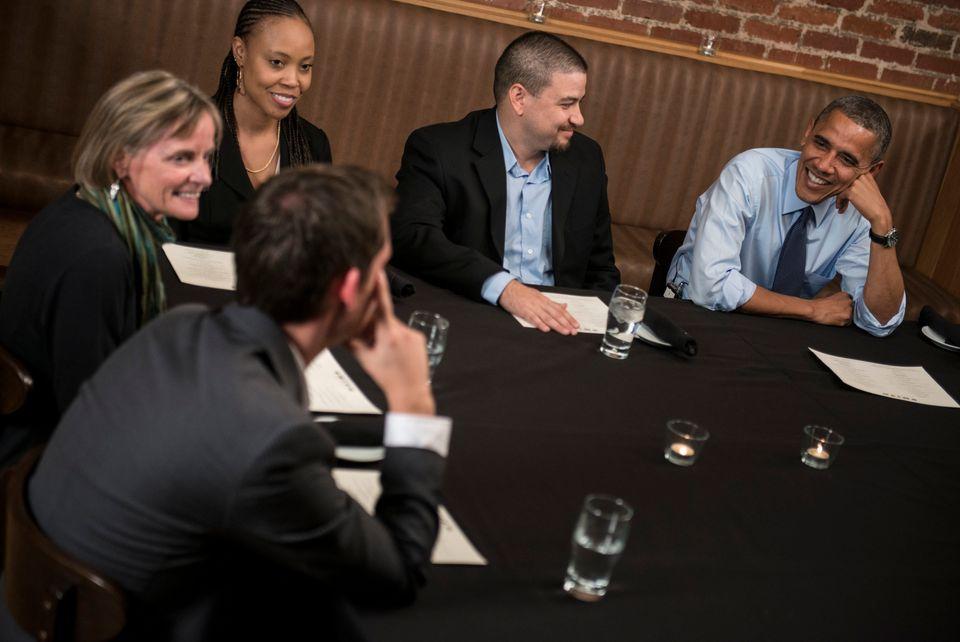 From left Pattie Laliberte, Deidra Orosa, Joe Laliberte, Mario Orosa talk with President Obama while having dinner at Smith C
