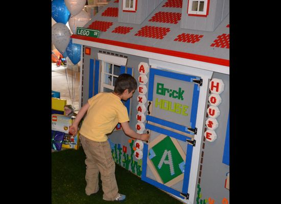 Make-A-Wish Colorado Builds Playhouse Out Of 12,000 Legos For