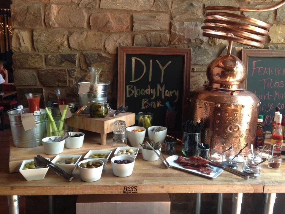 There's a DIY Bloody Mary bar, bottomless mimosas on weekends, gluten free and vegetarian choices AND Sunday is PJ brunch day