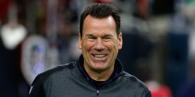 HOUSTON, TX - DECEMBER 21:  Baltimore Ravens offensive coordinator Gary Kubiak  waits on the field before the start of the ga