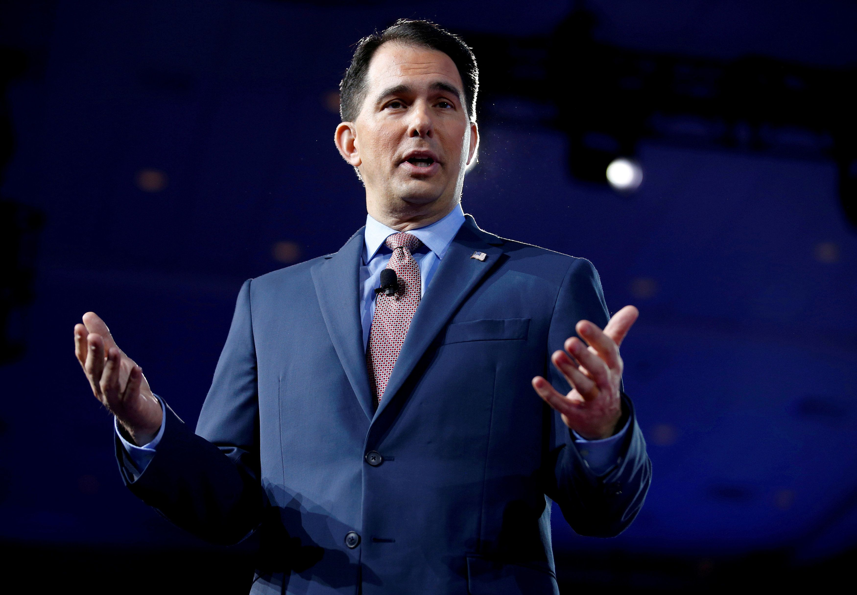 FILE PHOTO:  Wisconsin Governor Scott Walker speaks during the Conservative Political Action Conference (CPAC) in National Harbor, Maryland, U.S., February 23, 2017. REUTERS/Joshua Roberts/File Photo