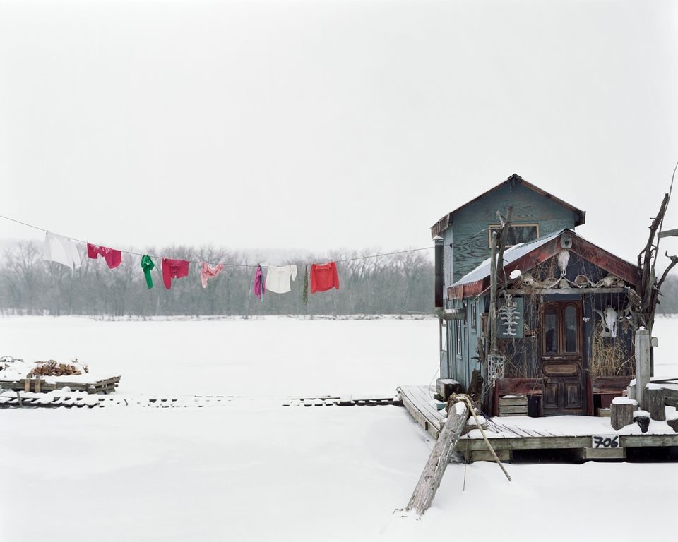 """Peter's Houseboat, Winona, Minnesota,"" Alec Soth. Chromogenic print, 2002. Courtesy the artist."
