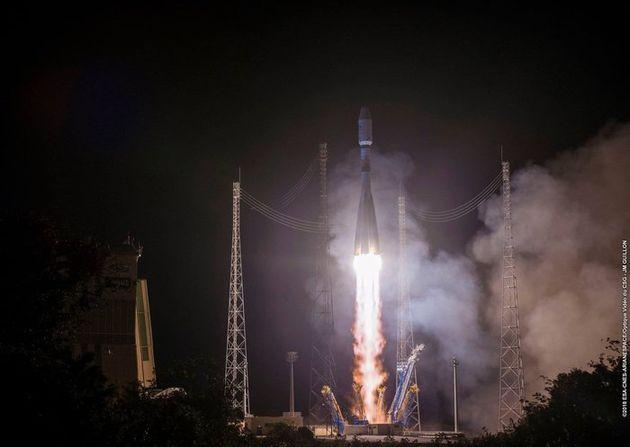 Επιτυχής εκτόξευση του ευρωπαϊκού δορυφόρου MetOp-C που θα βελτιώσει την πρόγνωση του