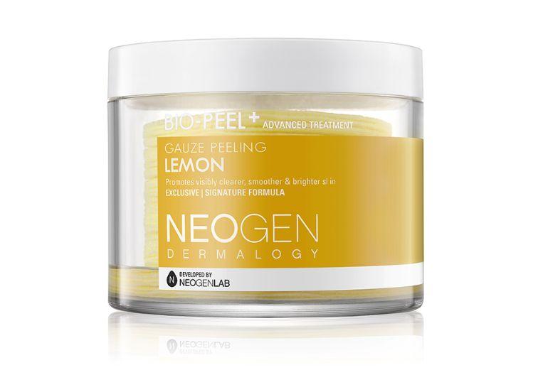 세포라 가격: $27비타민C가 넘치는 레몬에서 추출물을 뽑아 함유한 제품이다. 각질 제거에 효과적이며 피부에 광태를 준다.