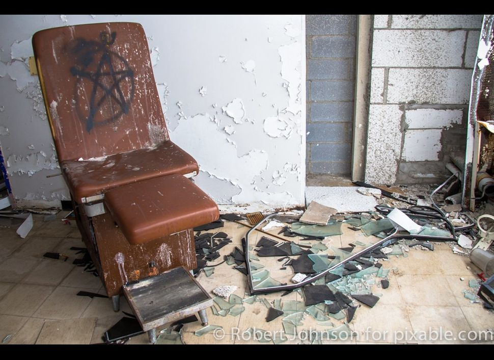 "SEE ALSO: <a href=""http://www.pixable.com/topic/inside-detroit?utm_medium=partner&utm_source=facebook&utm_campaign=huffpo"" ta"