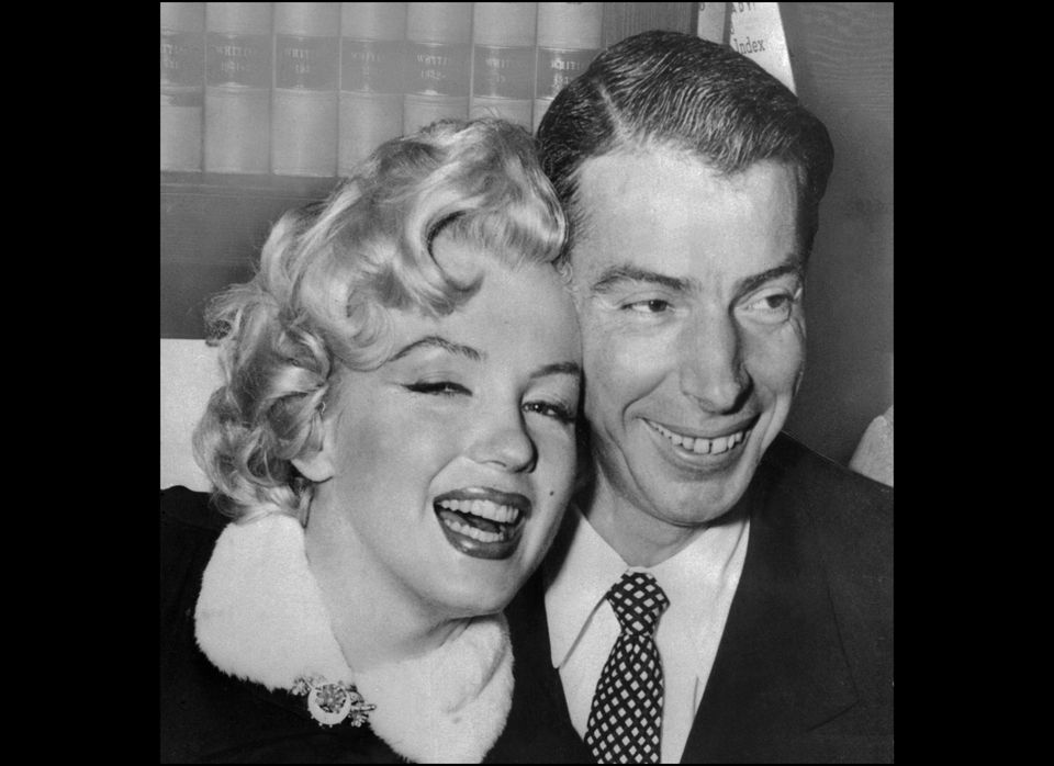 SAN FRANCISCO, UNITED STATES: Picture dated 01 April 1954 showing American actress Marilyn Monroe (L) with her husband baseba