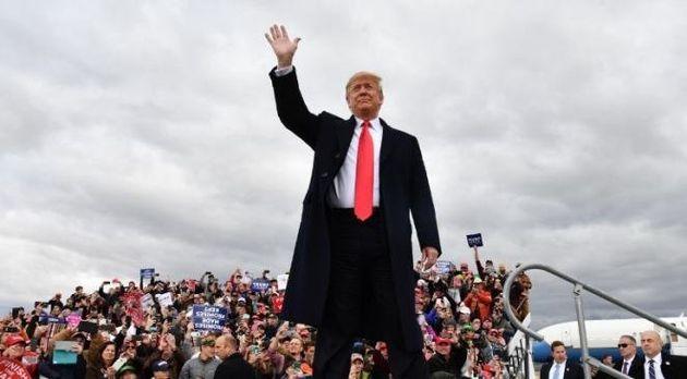 Dans la défaite, Trump fait du