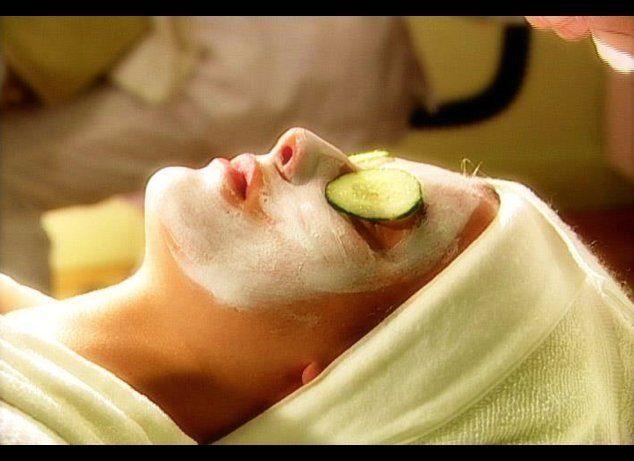 """<a href=""""http://www.yabeauty.com/"""" target=""""_hplink"""">Yolanda Aguilar Beauty Institute & Spa</a> in Downtown is offering Swedis"""