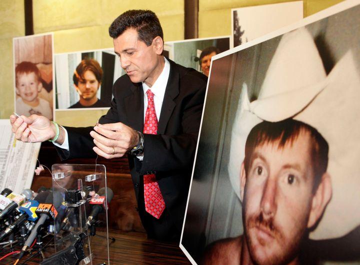 Kelly Thomas Slidebar: Lawsuit: False Police Report Led To