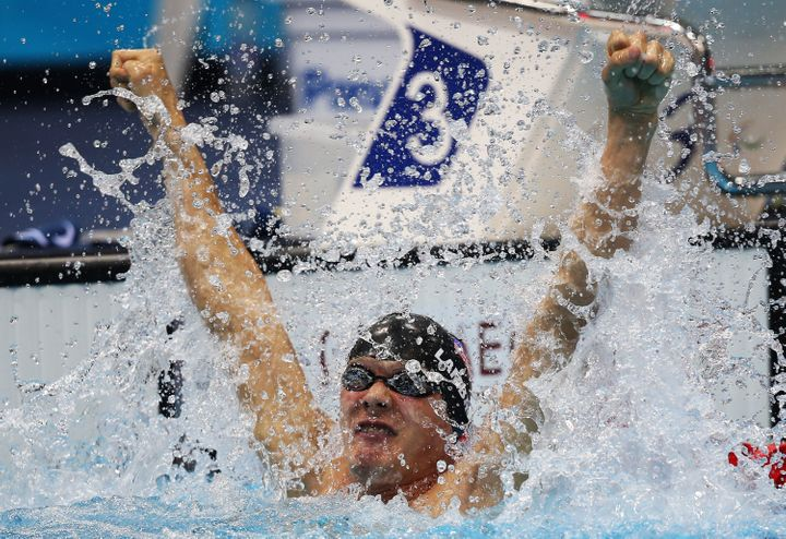 LONDON, ENGLAND - SEPTEMBER 04:  Lantz Lamback of the United States celebrates after winning the gold in the Men's 50m Freest