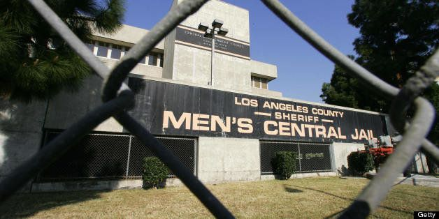 Los Angeles, UNITED STATES:  The Men's Central Jail in downtown Los Angeles, 10 September 2006 which has been under lockdown