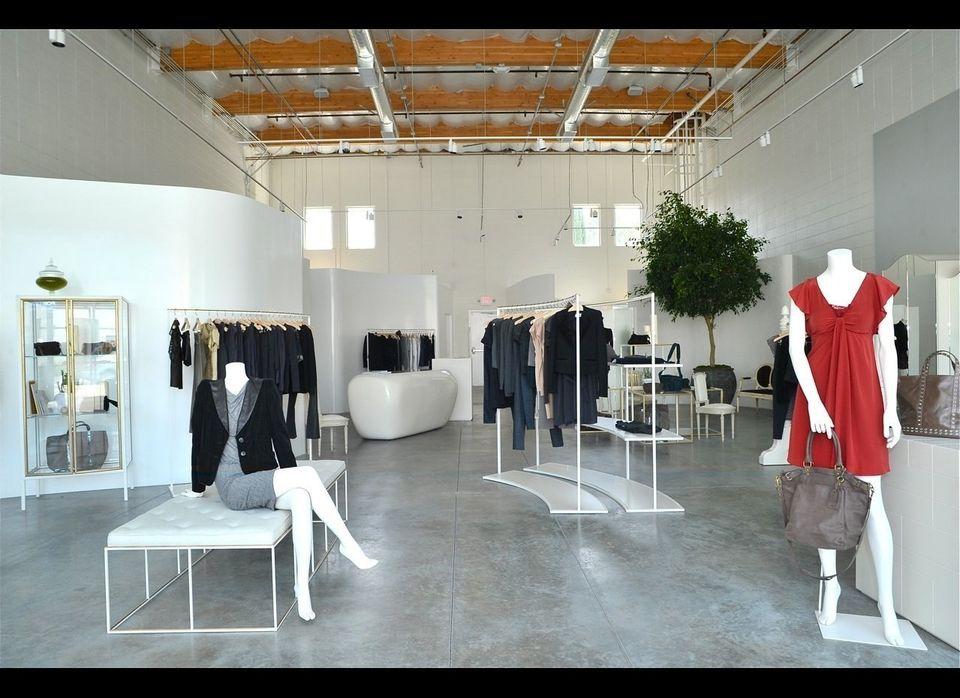 """<a href=""""http://www.vanessabruno.com/fr/"""" target=""""_hplink"""">Vanessa Bruno</a> 8448 Melrose Ave West Hollywood, CA 90069  M"""