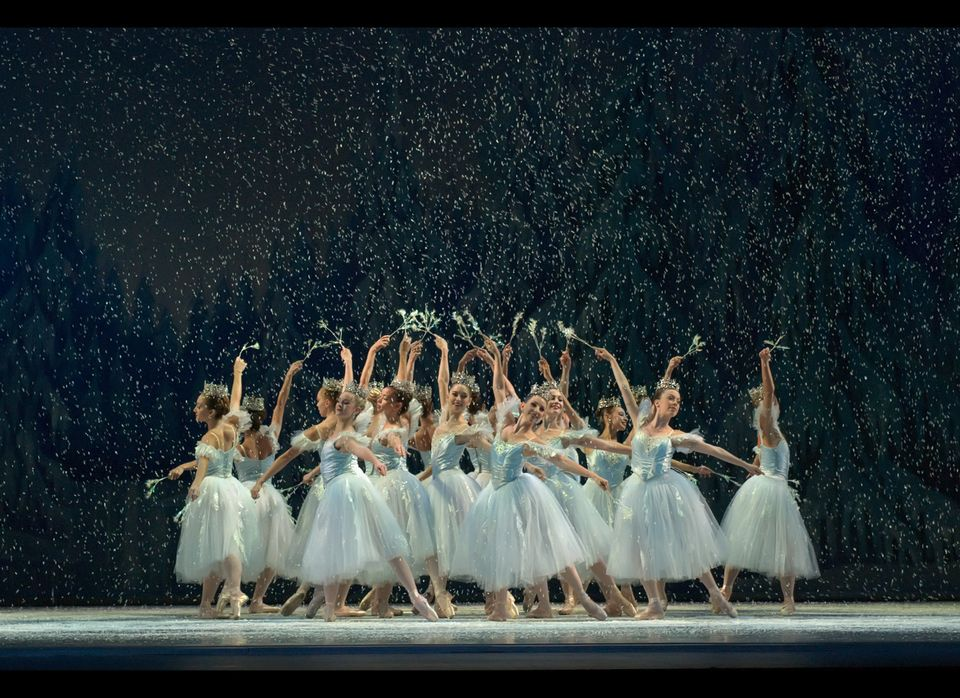 Miami City Ballet dancers in George Balanchine's The Nutcracker.  Choreography by George Balanchine. © The Balanchine Trust.