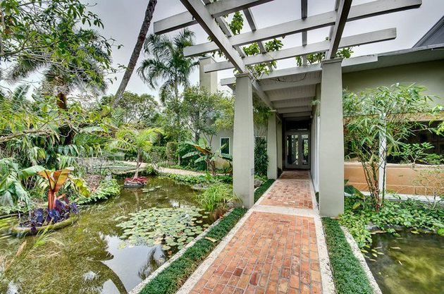 10 Miami Homes Mom Would Love Houses With Beautiful Gardens