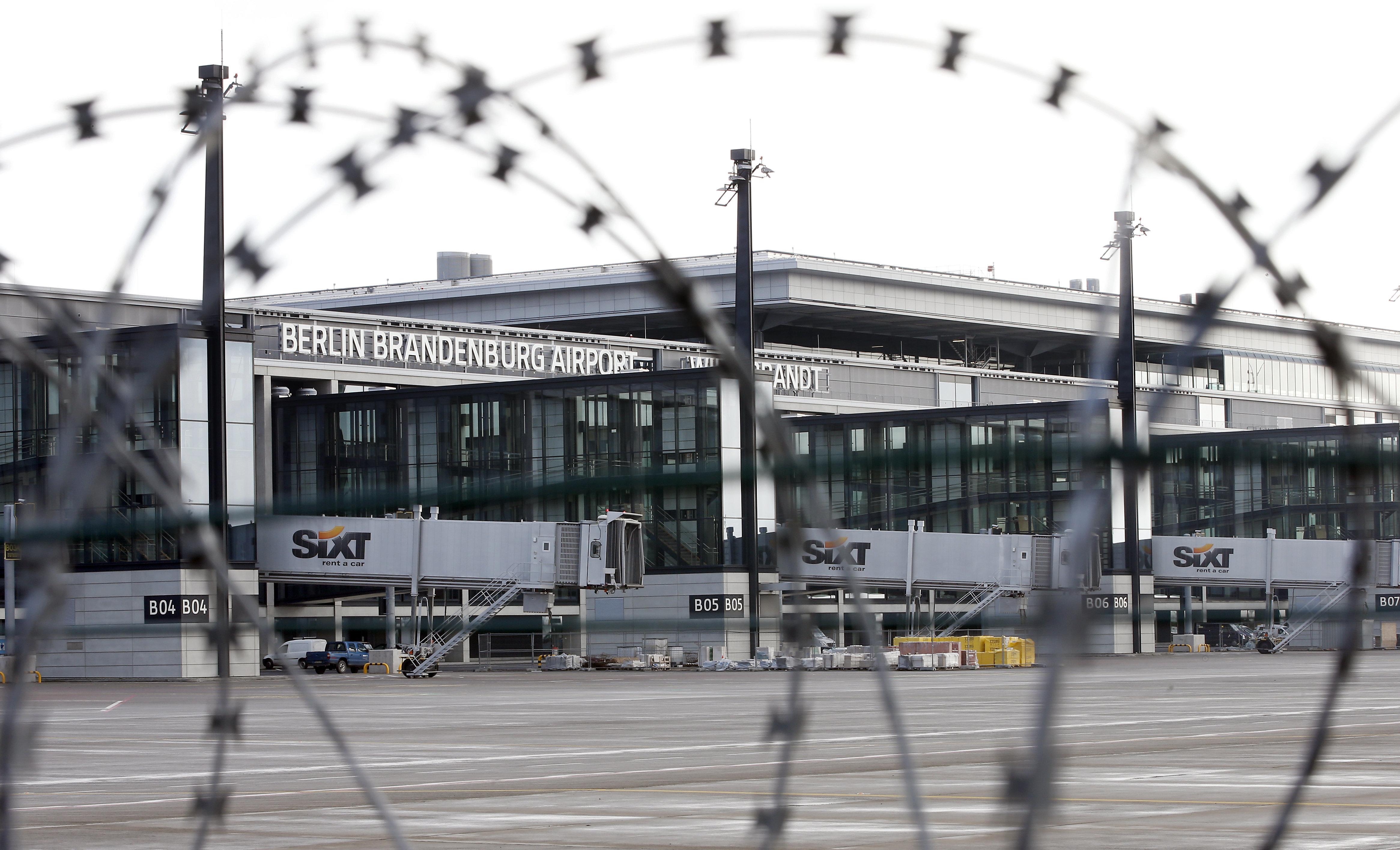 Το γερμανικό «γεφύρι της Αρτας»: Το μεγάλο φιάσκο με το νέο αεροδρόμιο του Βερολίνου