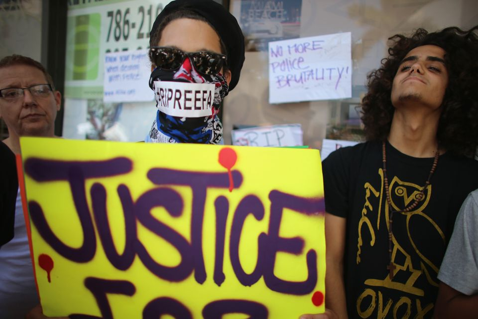 MIAMI BEACH, FL - AUGUST 10:  Chy Walton attends a vigil for 18-year-old graffiti artist Israel Hernandez-Llach, who died aft