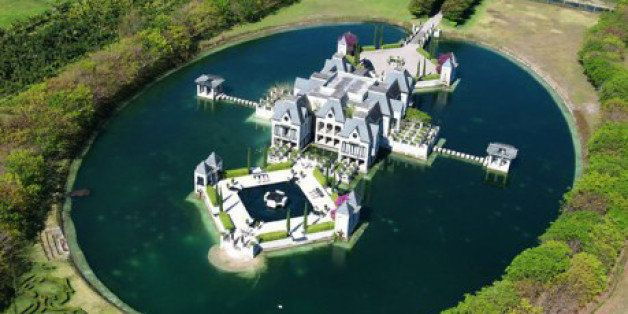 Miami Castle With A Moat On The Market For 109 Million PHOTOS