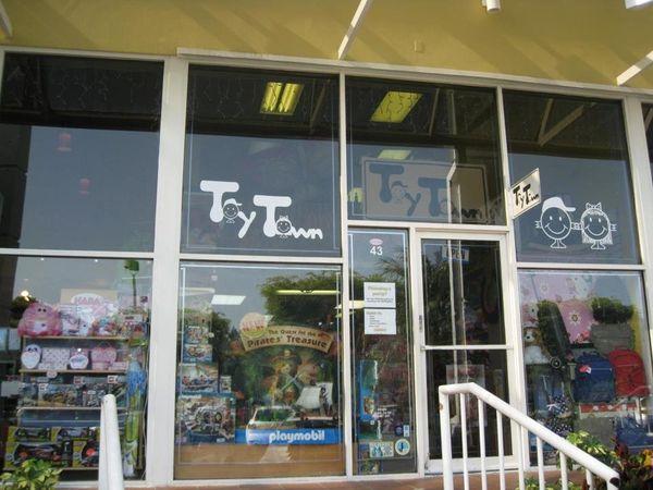 "<a href=""http://www.toytownonline.com/"" target=""_blank"">Toy Town</a><br> 260 Crandon Blvd., #43<br> Key Biscayne, FL 33149<br"