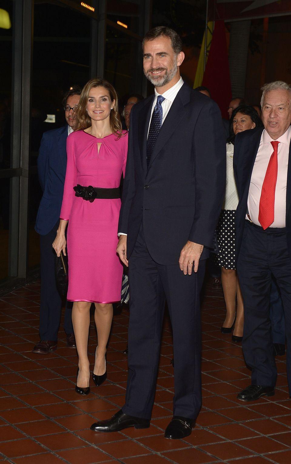 MIAMI, FL - NOVEMBER 17:  Prince Felipe of Spain (R) and Princess Letizia  attends the Miami Book Fair International 2013 Ina