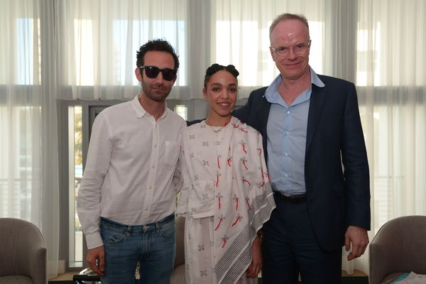 At the Miami Beach Edition, FKA Twigs took part in the 14th Design Dialogues with artist Alex Israel (left) and moderator Han