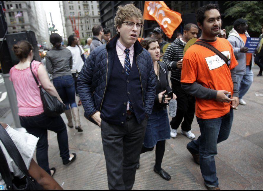 Rick Lee, Occupy Wall Street's 'Hipster Cop'. So chic, so fuckin blasé. 