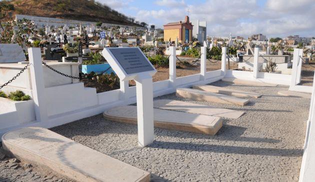 Un cimetière juif restauré en 2013 à Praia par le Projet de l'héritage...