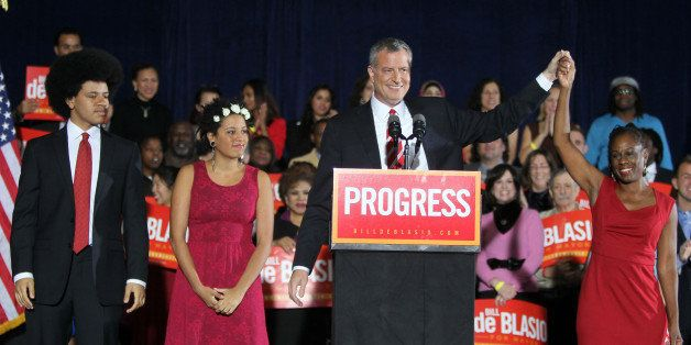 NEW YORK, NY - NOVEMBER 05:  (L-R) Dante de Blasio, Chiara de Blasio, Bill de Blasio and Chirlane McCray de Blasio celebrate