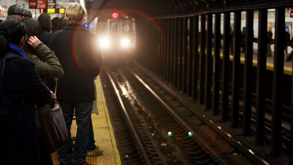 F Train Suicide Attempt Fails | HuffPost