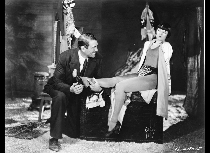 This 1928 silent film is considered by many scholars to be the most important of Hawks' silent efforts because it is his firs