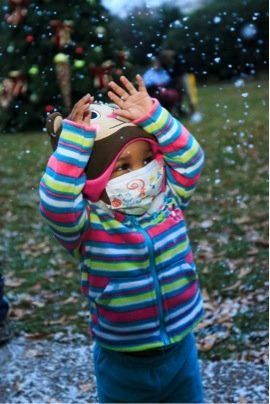 "On Monday, Dec. 2, 2013, Children's Healthcare of Atlanta teamed up with a special effects company to make it ""snow"" on its t"