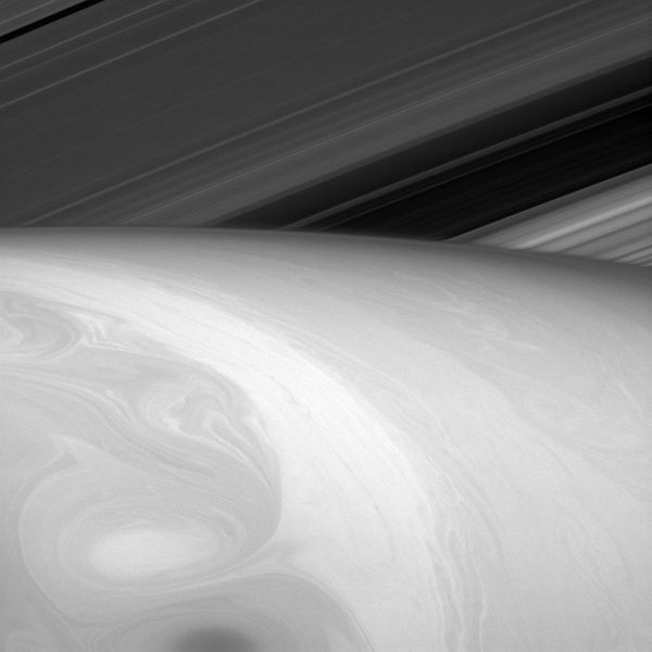 "This image shows the <a href=""http://www.nasa.gov/jpl/cassini/pia18290/#.VIr6LyfwP4h"" target=""_blank"">sunlit side of Saturn's"