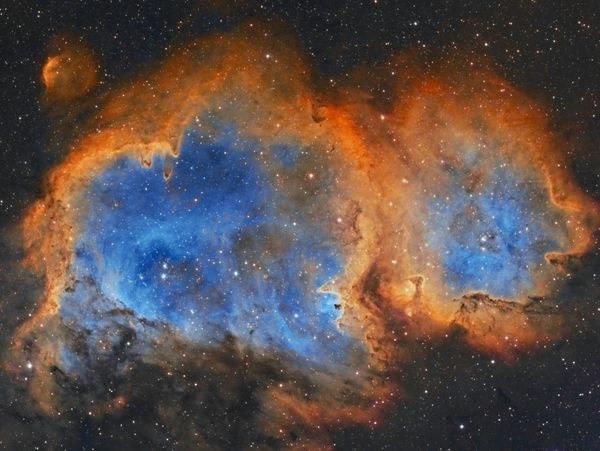 """Astrophotographer <a href=""""https://www.flickr.com/photos/114789817@N06/"""" target=""""_blank"""">Rick Stevenson</a> released this pho"""