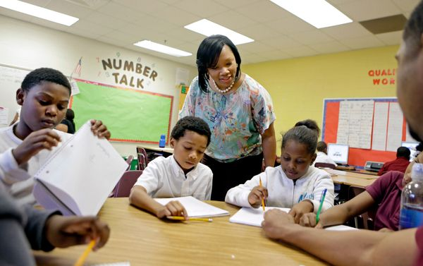 小学校の校長は、将来のリーダーや知識人、それに世の中を変える可能性を持つ子供たちを育てる。98%の小学校の校長先生が、この仕事は世の中を良くする仕事だと考えているのも不思議ではない。