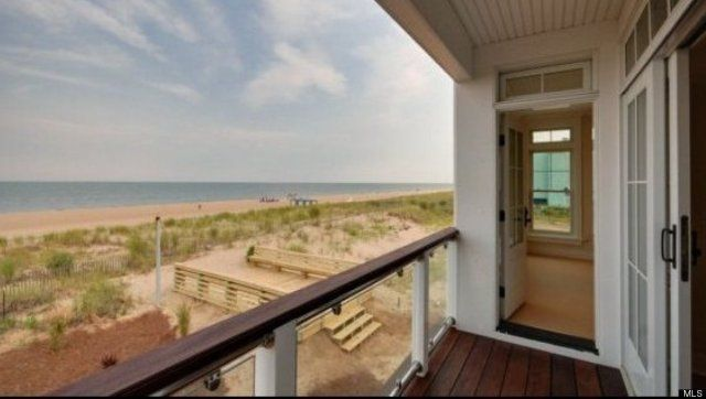 Delaware Beach Houses For Oceanfront Living Millions A Bike Ride Away Much Less