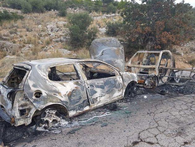 Σε «νεκροταφείο» αυτοκινήτων έχουν μετατρέψει κακοποιοί οικισμό στα Ανω
