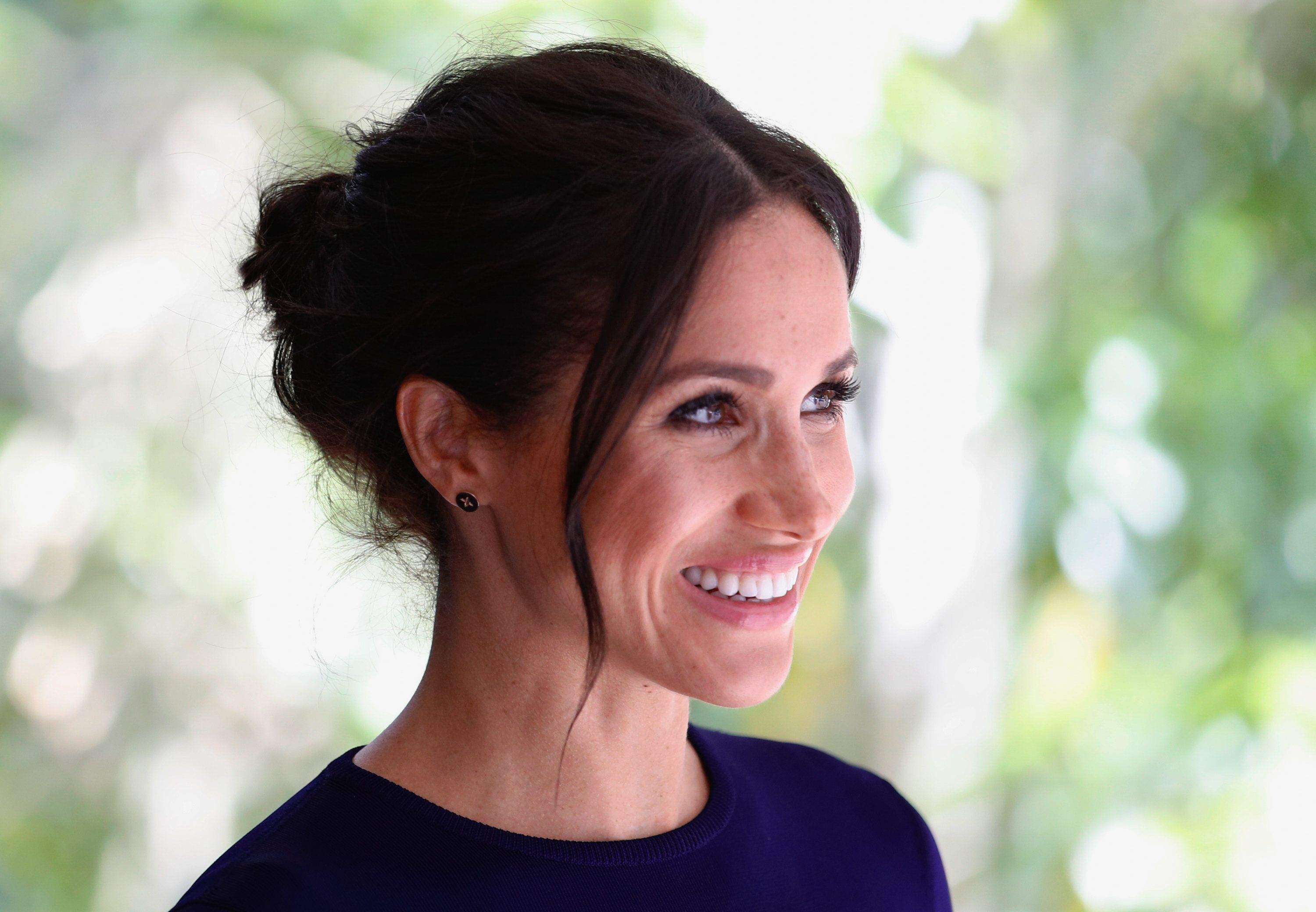ROTORUA, NEW ZEALAND - OCTOBER 31:  (UK OUT FOR 28 DAYS) Meghan, Duchess of Sussex visits the National Kiwi Hatchery at Rainbow Springs on October 31, 2018 in Rotorua, New Zealand. The Duke and Duchess of Sussex are on their official 16-day Autumn tour visiting cities in Australia, Fiji, Tonga and New Zealand.  (Photo by Pool/Samir Hussein/WireImage)