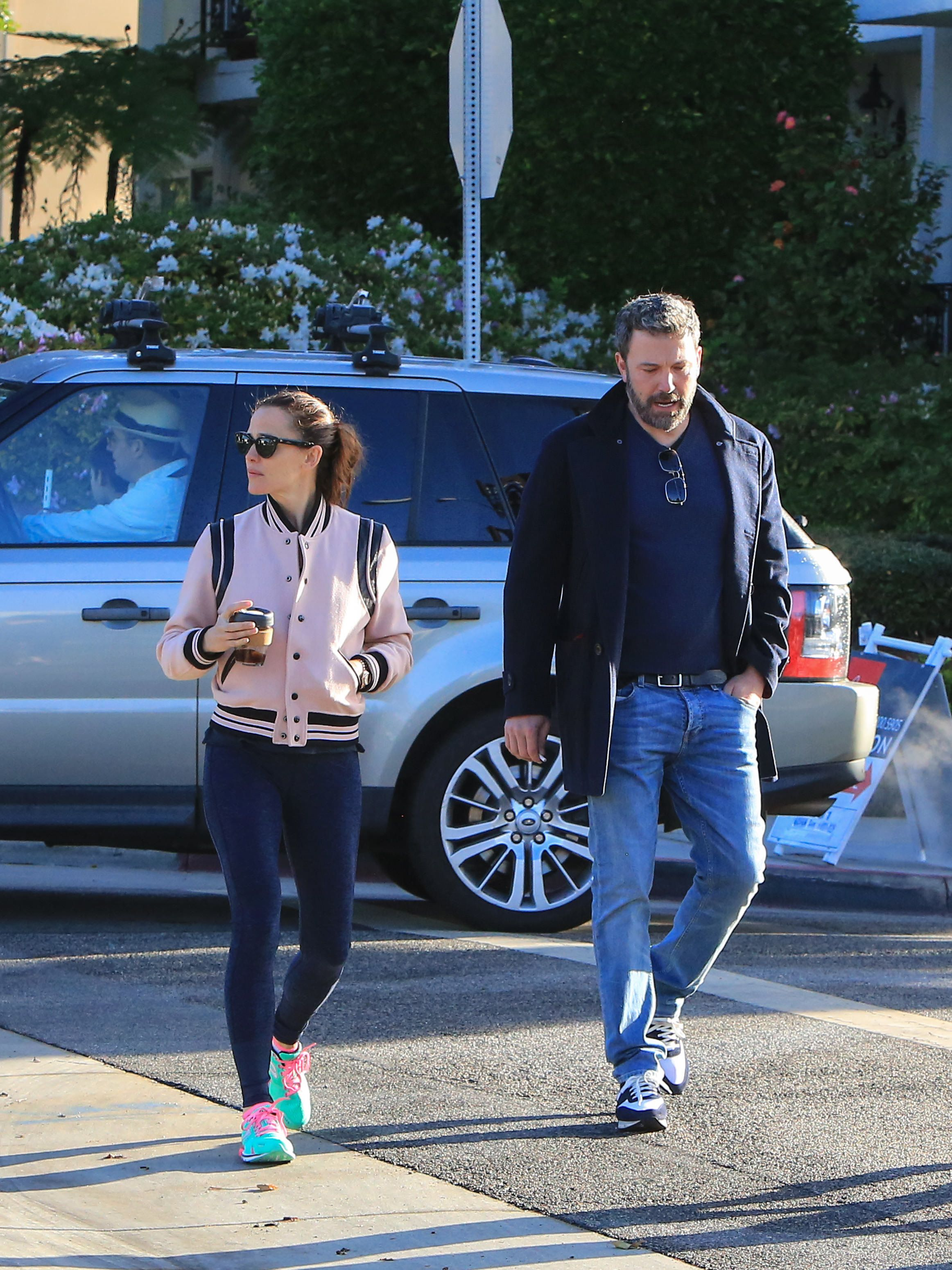 LOS ANGELES, CA - FEBRUARY 27: Jennifer Garner and Ben Affleck are seen on February 27, 2018 in Los Angeles, California.  (Photo by BG004/Bauer-Griffin/GC Images)
