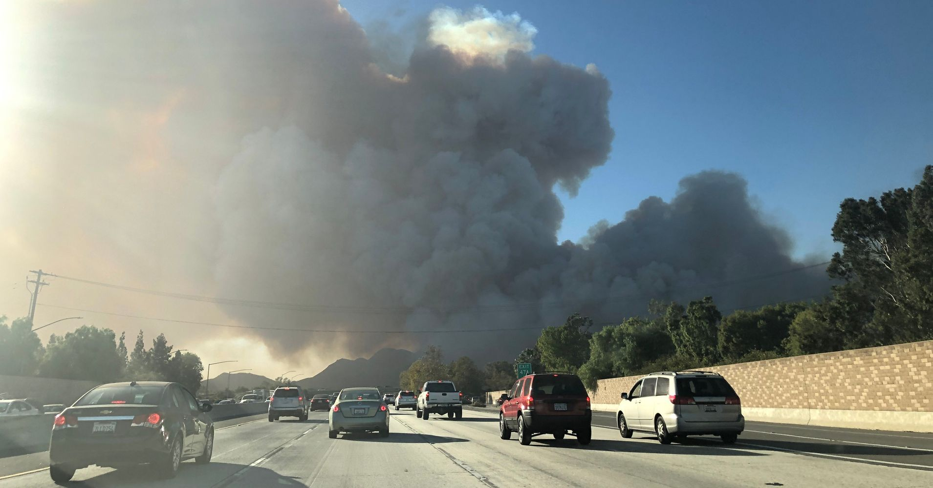 Large Southern California Wildfire Prompts Evacuations