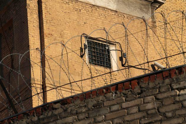 Τουλάχιστον 27 νεκροί σε καταστολή εξέγερσης σε φυλακή του