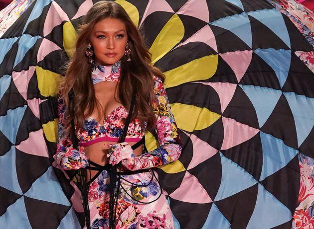 Victoria's Secret 2018: Οι Άγγελοι στην πασαρέλα και τα δάκρυα της Αντριάνα