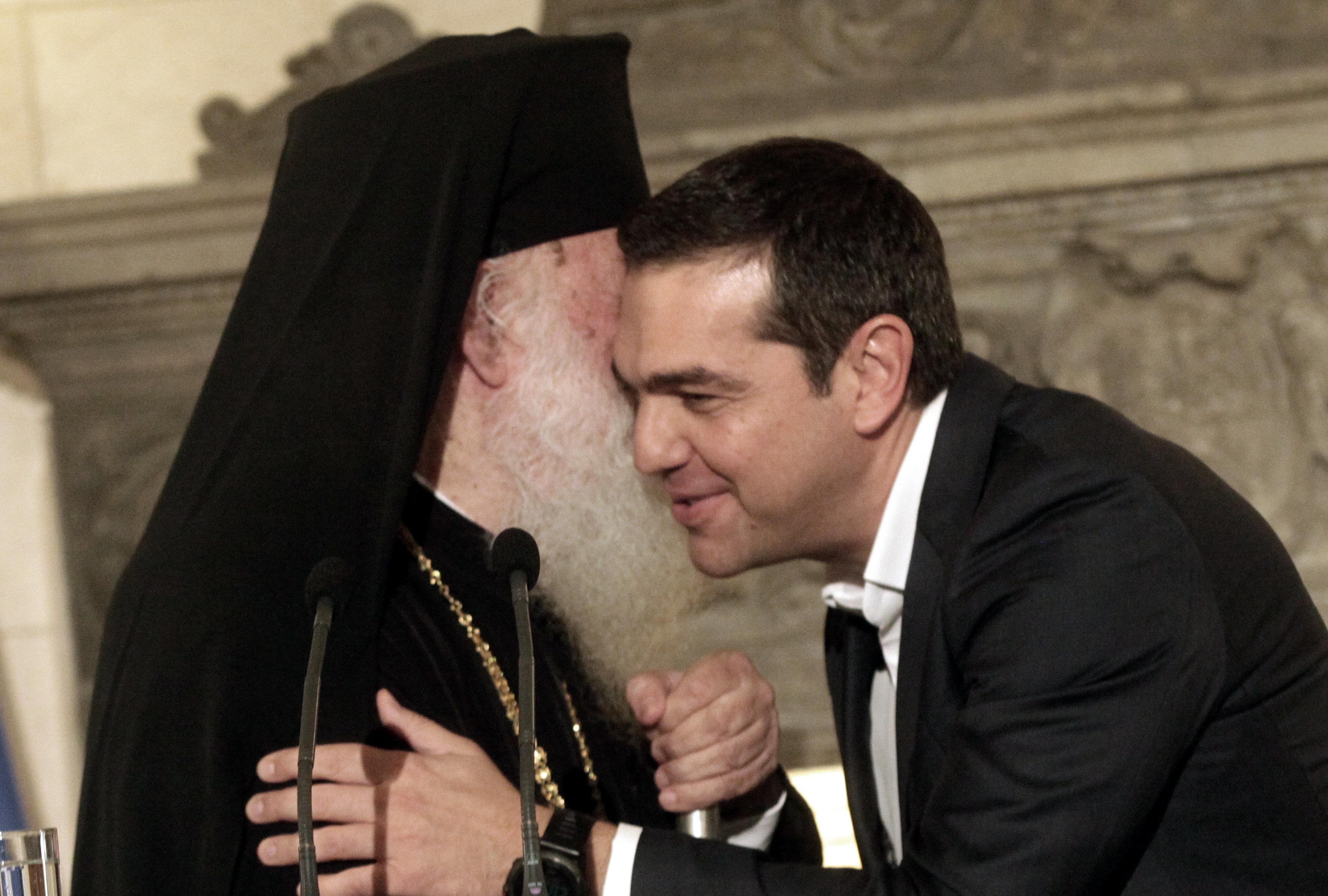 Η δυσαρέσκεια του Βαρθολομαίου για τη συμφωνία Τσίπρα-Ιερώνυμου στο επίκεντρο της συνάντησης του με τον Κώστα