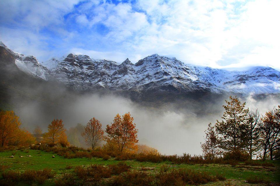 Τζουμέρκα, φθινόπωρο και πρώτα χιόνια