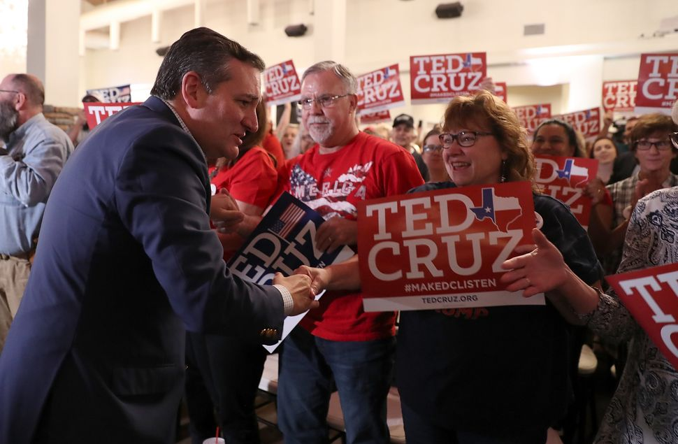 Sen. Ted Cruz (R-Texas) and a (white lady) supporter.