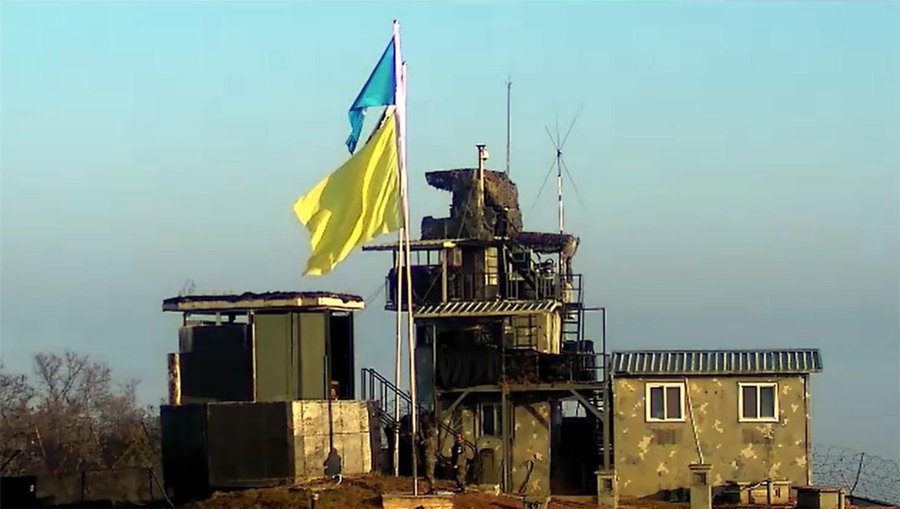 남북이 DMZ 내 시범철수 감시초소의 병력과 화기를 모두