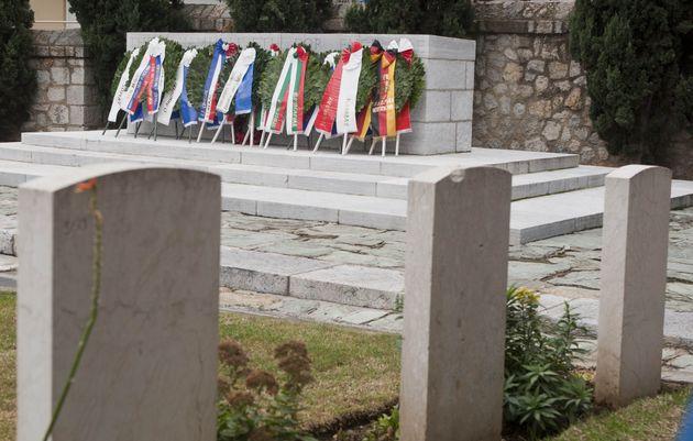 Ζέιτενλικ: Η ιστορία της μεγαλύτερης στρατιωτικής νεκρόπολης της