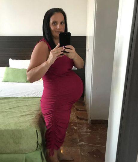 43-Jährige war rund 15 Jahre ihres Lebens schwanger: So groß ist ihre