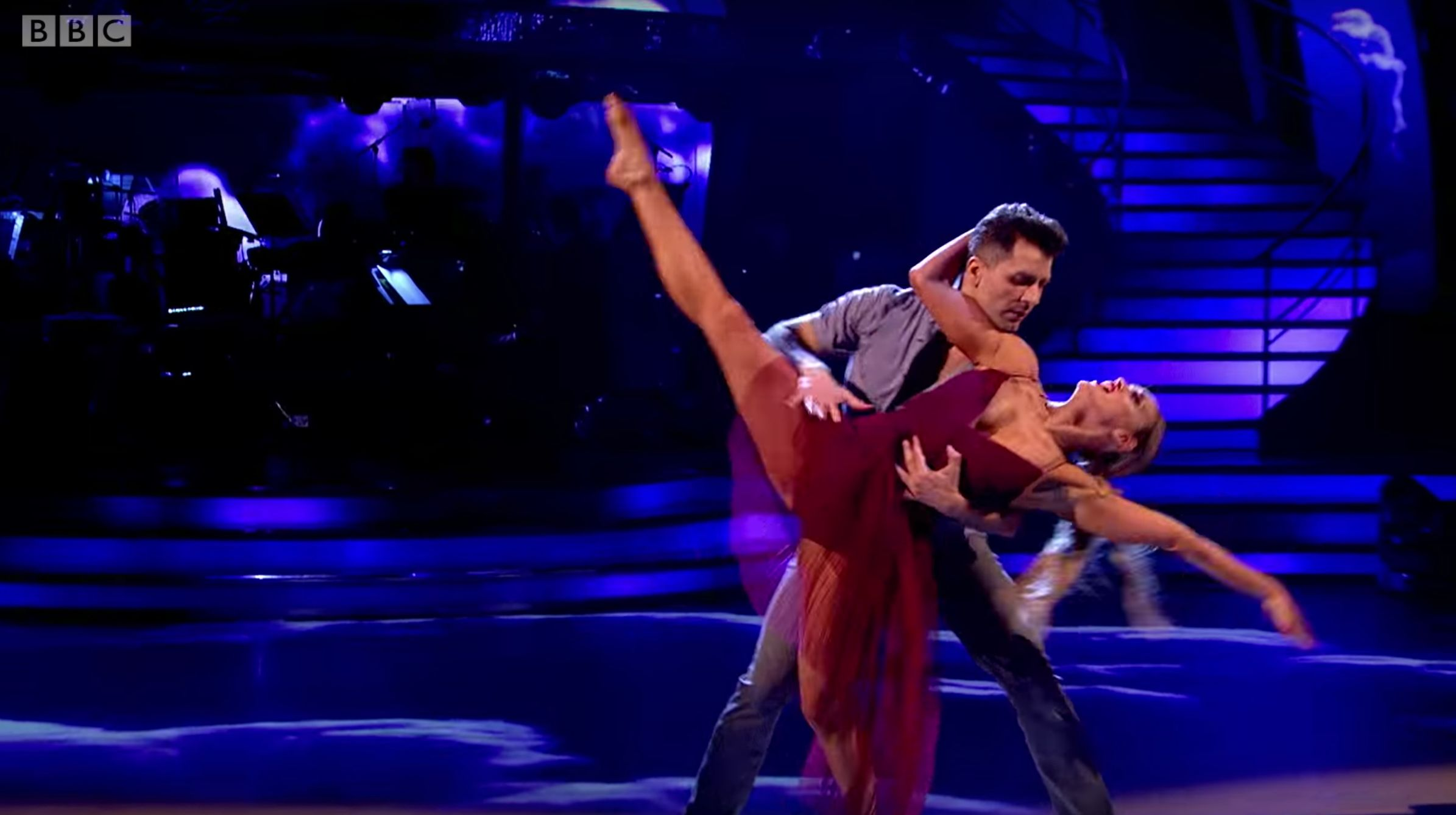 Ashley Tops 'Strictly' Leaderboard With Beautiful Routine In Her Late Father's