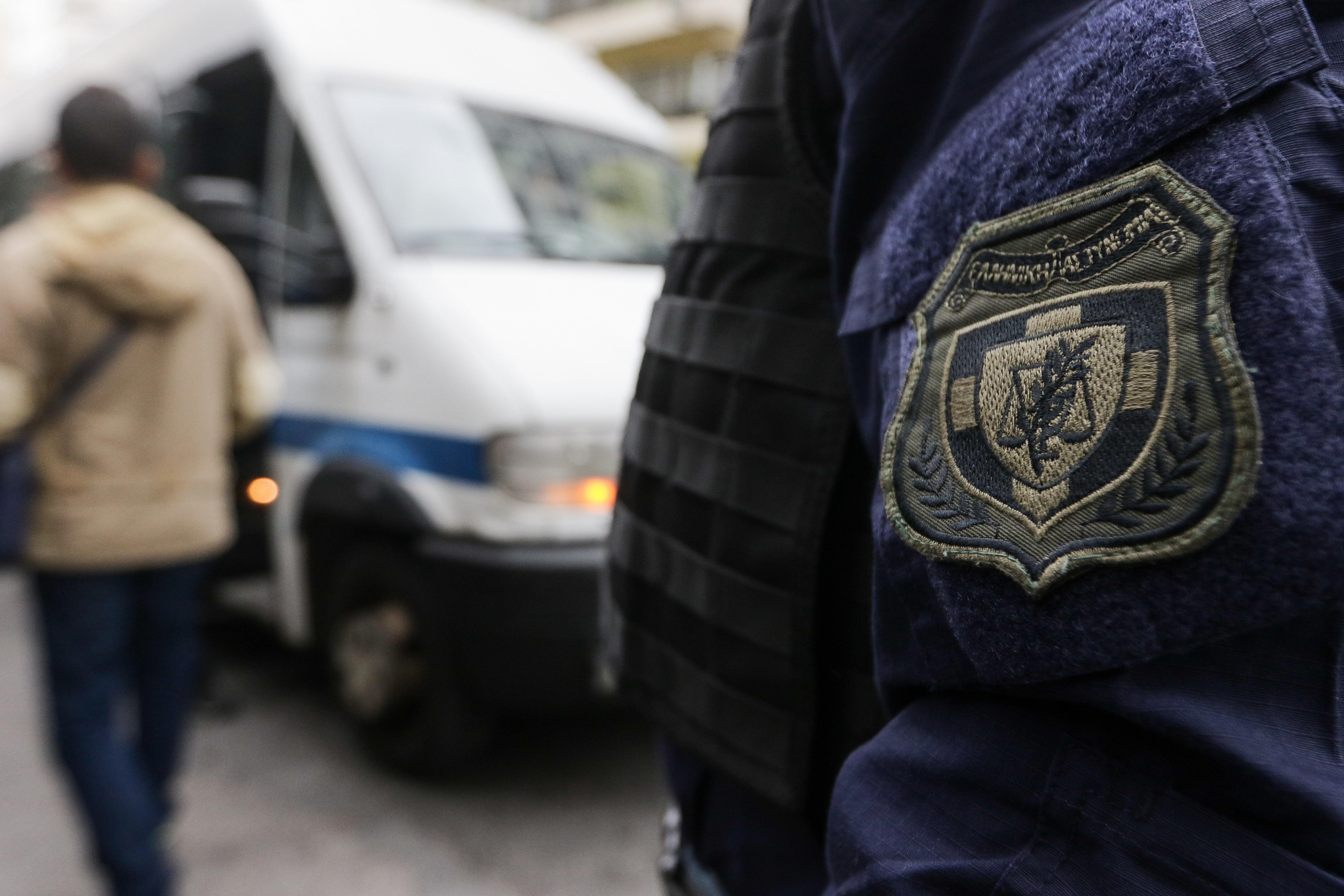 Δωρεάν μετακίνηση των ένστολων με τα ΜΜΜ ανακοίνωσε η Ολγα Γεροβασίλη.